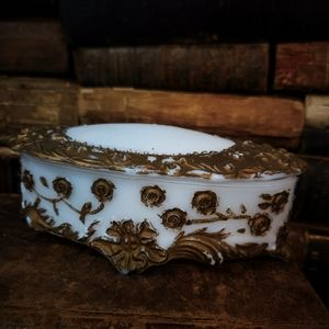 Antique Victorian trinket dish!